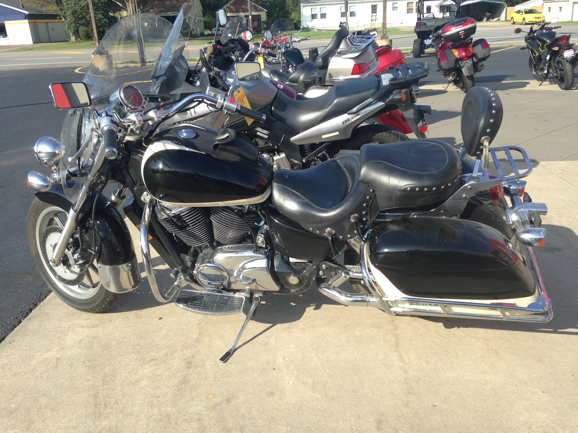 1998 Honda VT1100 TOURER in Amherst, Ohio