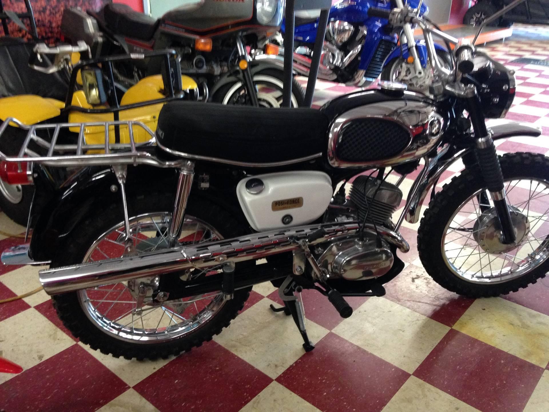 1967 B105P