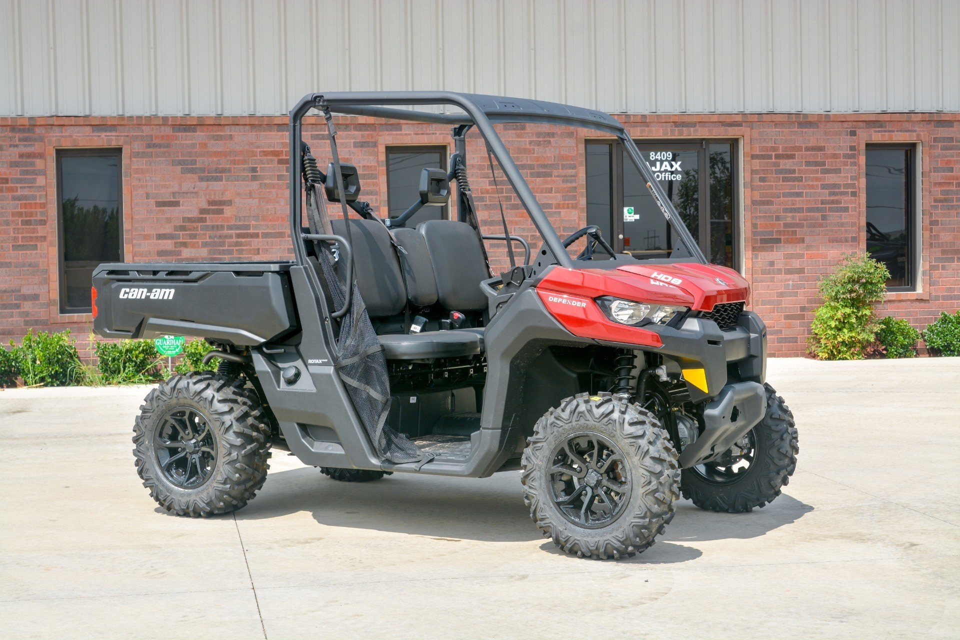 2018 Can-Am™ Defender DPS HD8 3