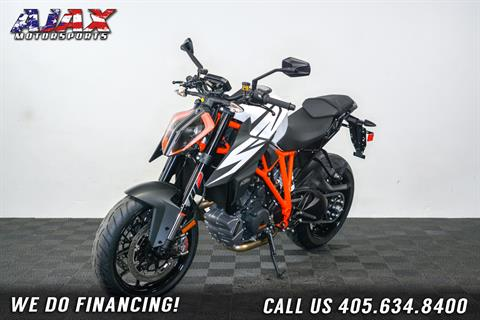 2019 KTM 1290 Super Duke R in Oklahoma City, Oklahoma