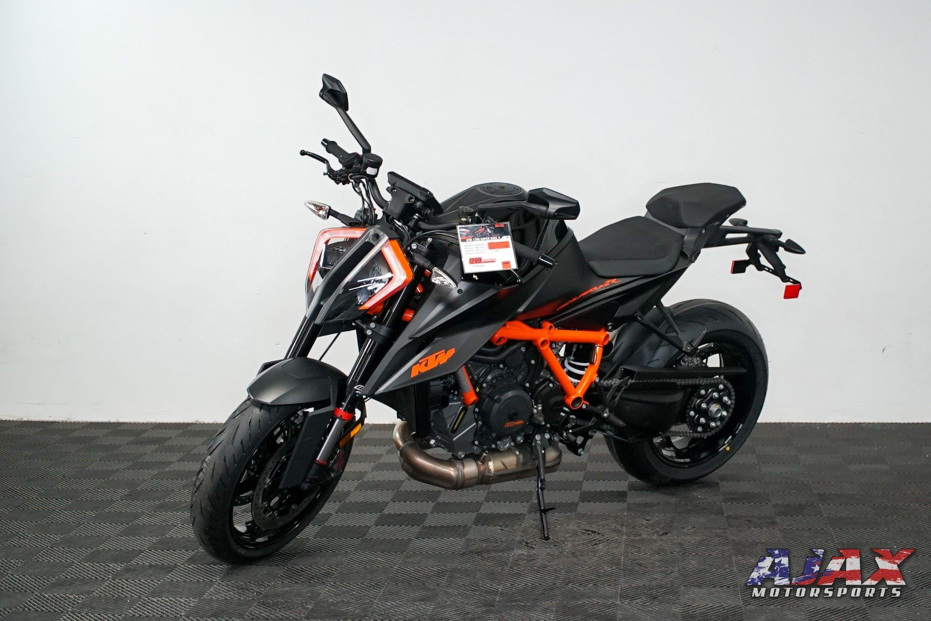 2020 KTM 1290 Super Duke R in Oklahoma City, Oklahoma - Photo 4