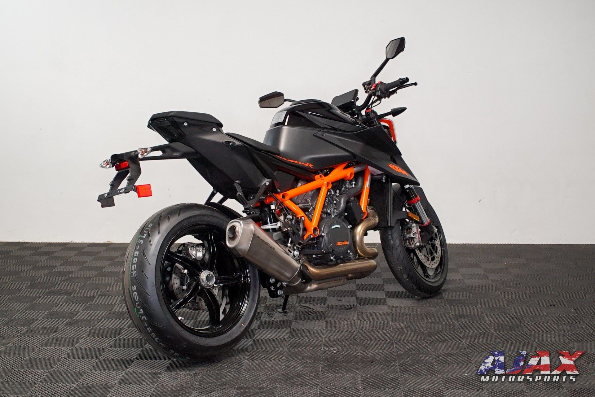 2020 KTM 1290 Super Duke R in Oklahoma City, Oklahoma - Photo 7