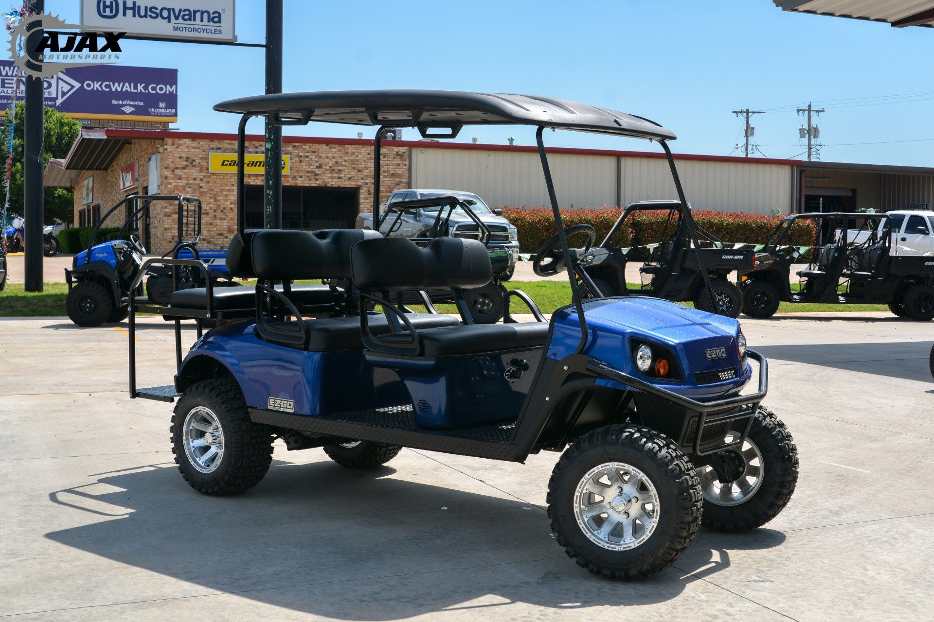 2018 E-Z-Go Express L6 Gas in Oklahoma City, Oklahoma