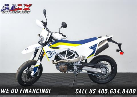 2019 Husqvarna 701 Supermoto in Oklahoma City, Oklahoma
