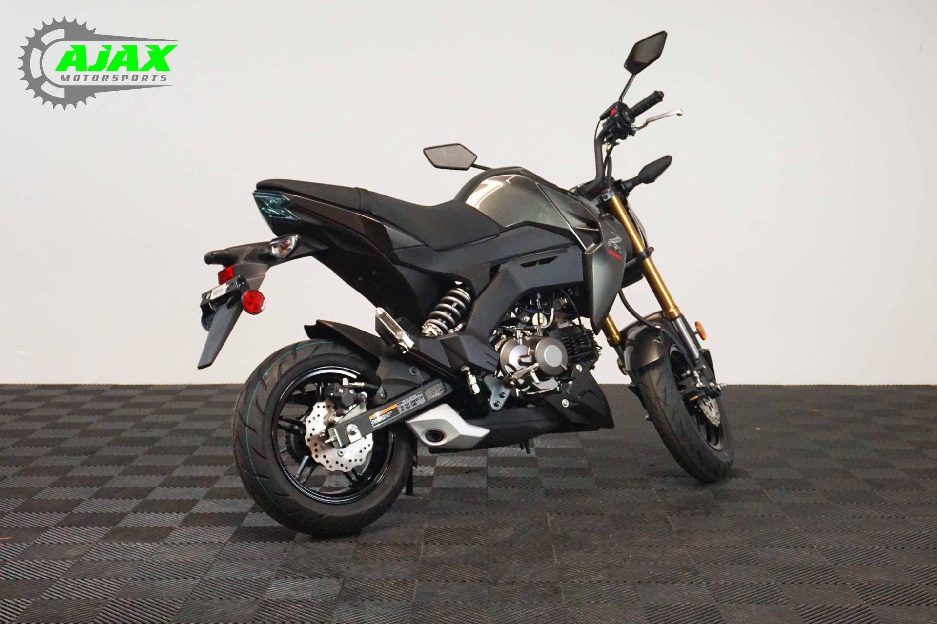 2018 Kawasaki Z125 Pro 3