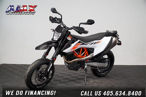 2020 KTM 690 SMC R in Oklahoma City, Oklahoma - Photo 1
