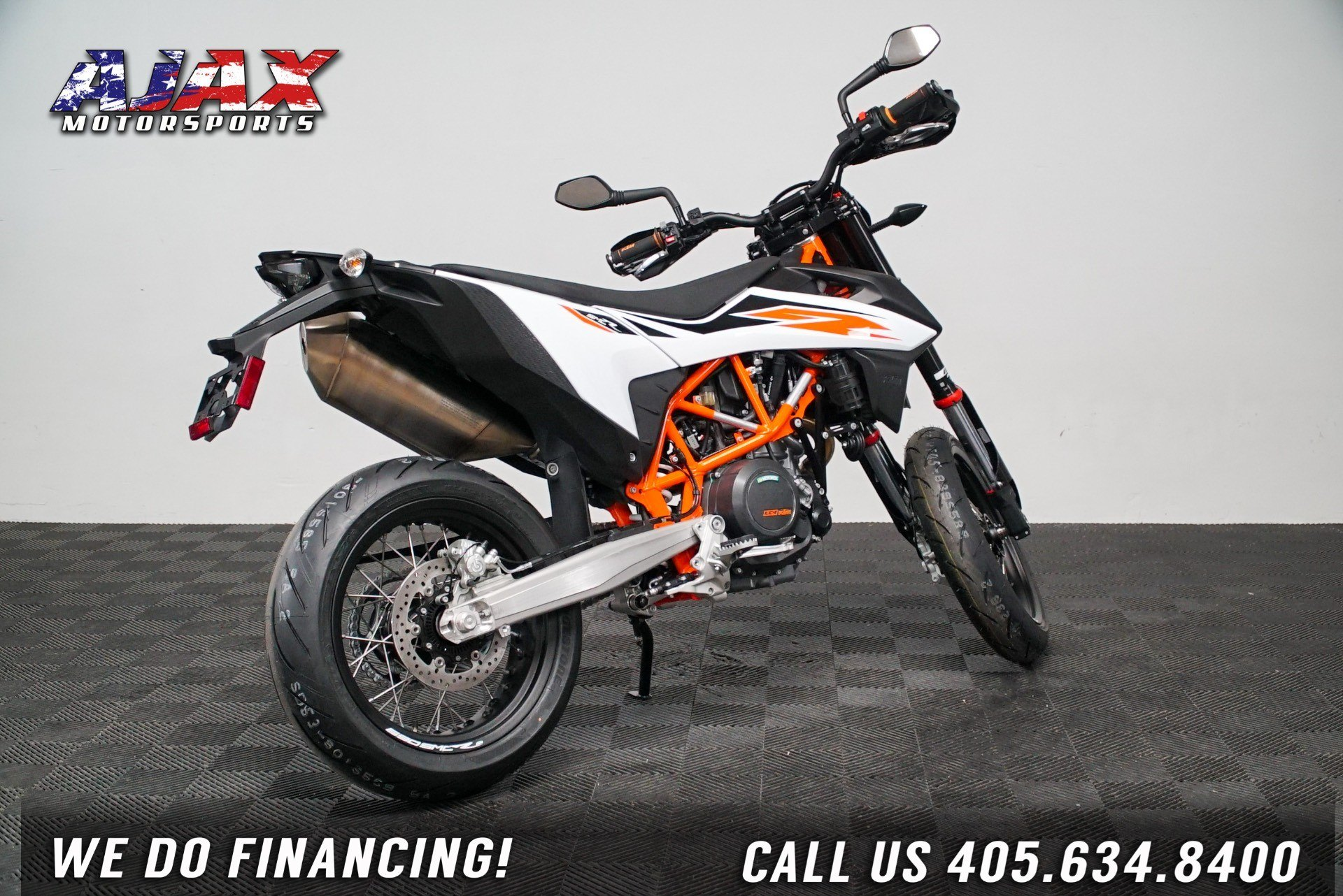 2020 KTM 690 SMC R in Oklahoma City, Oklahoma - Photo 6
