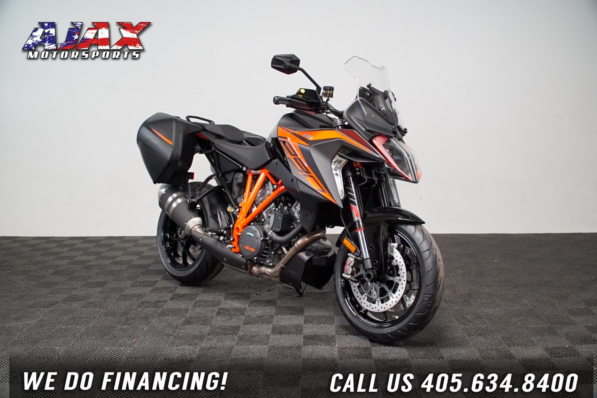 2020 KTM 1290 Super Duke GT in Oklahoma City, Oklahoma - Photo 3
