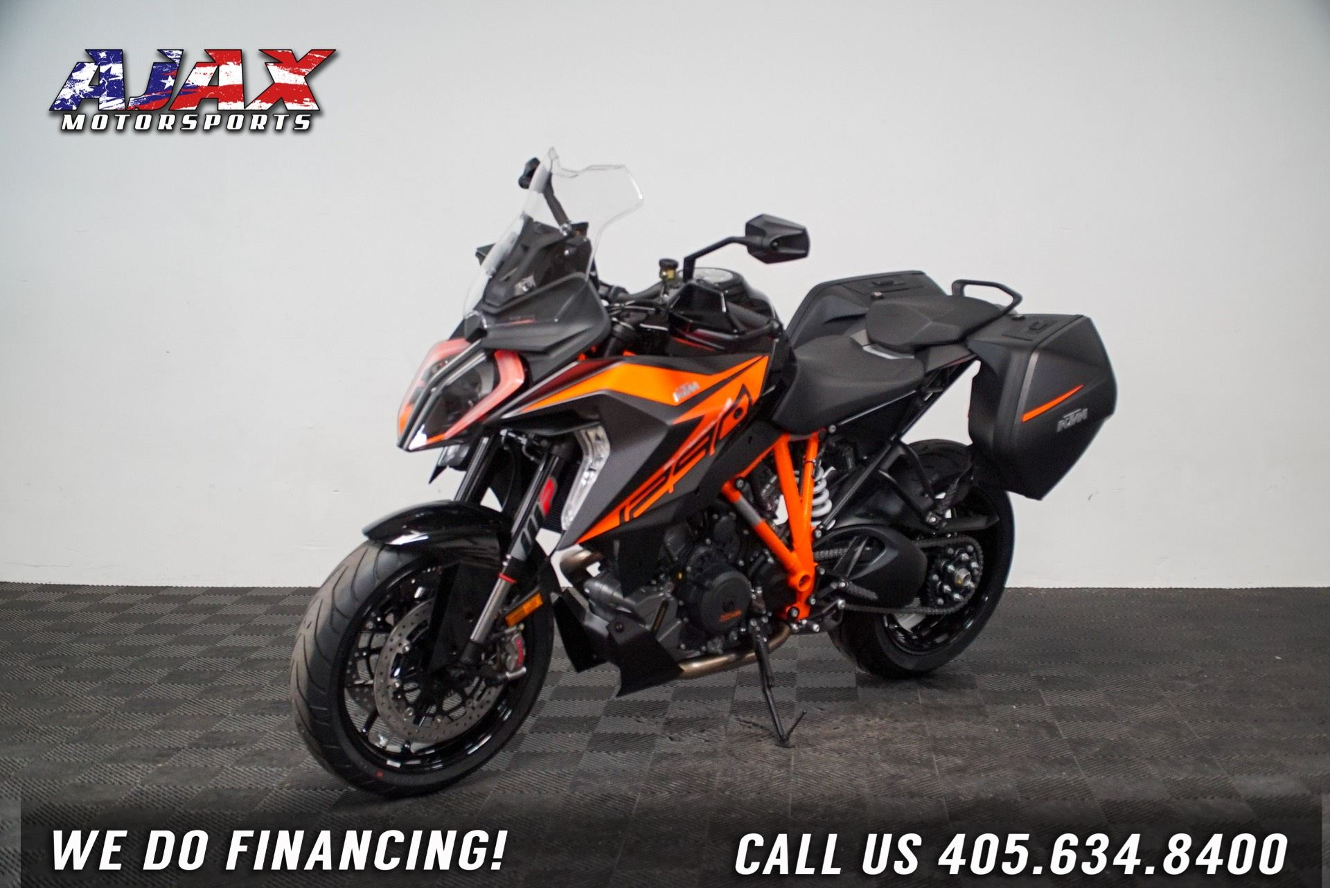 2020 KTM 1290 Super Duke GT in Oklahoma City, Oklahoma - Photo 4