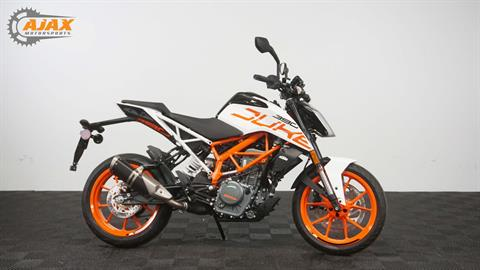 2017 KTM 390 Duke in Oklahoma City, Oklahoma