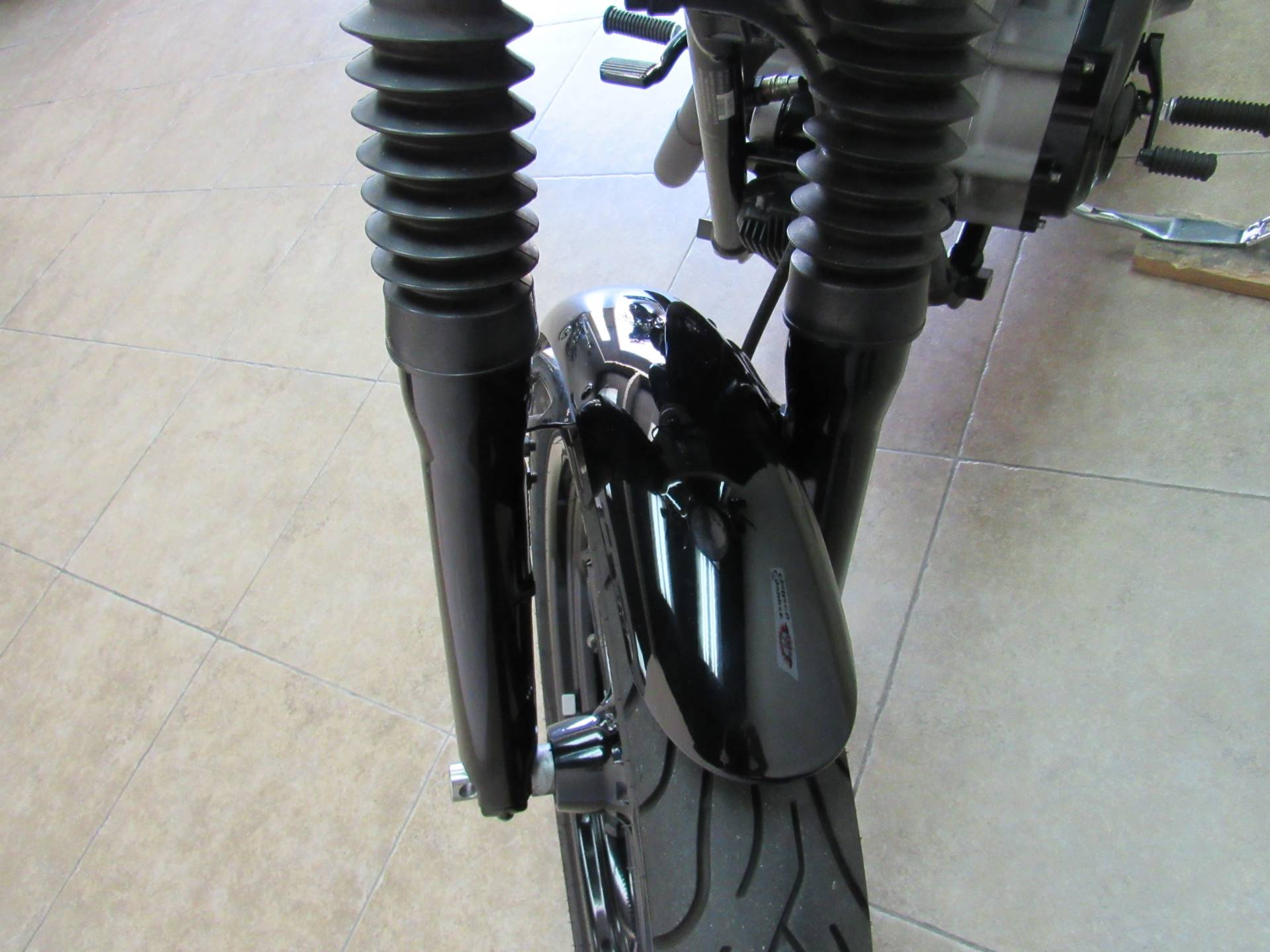 2007 Harley-Davidson Dyna® Super Glide® Custom in Temecula, California - Photo 22
