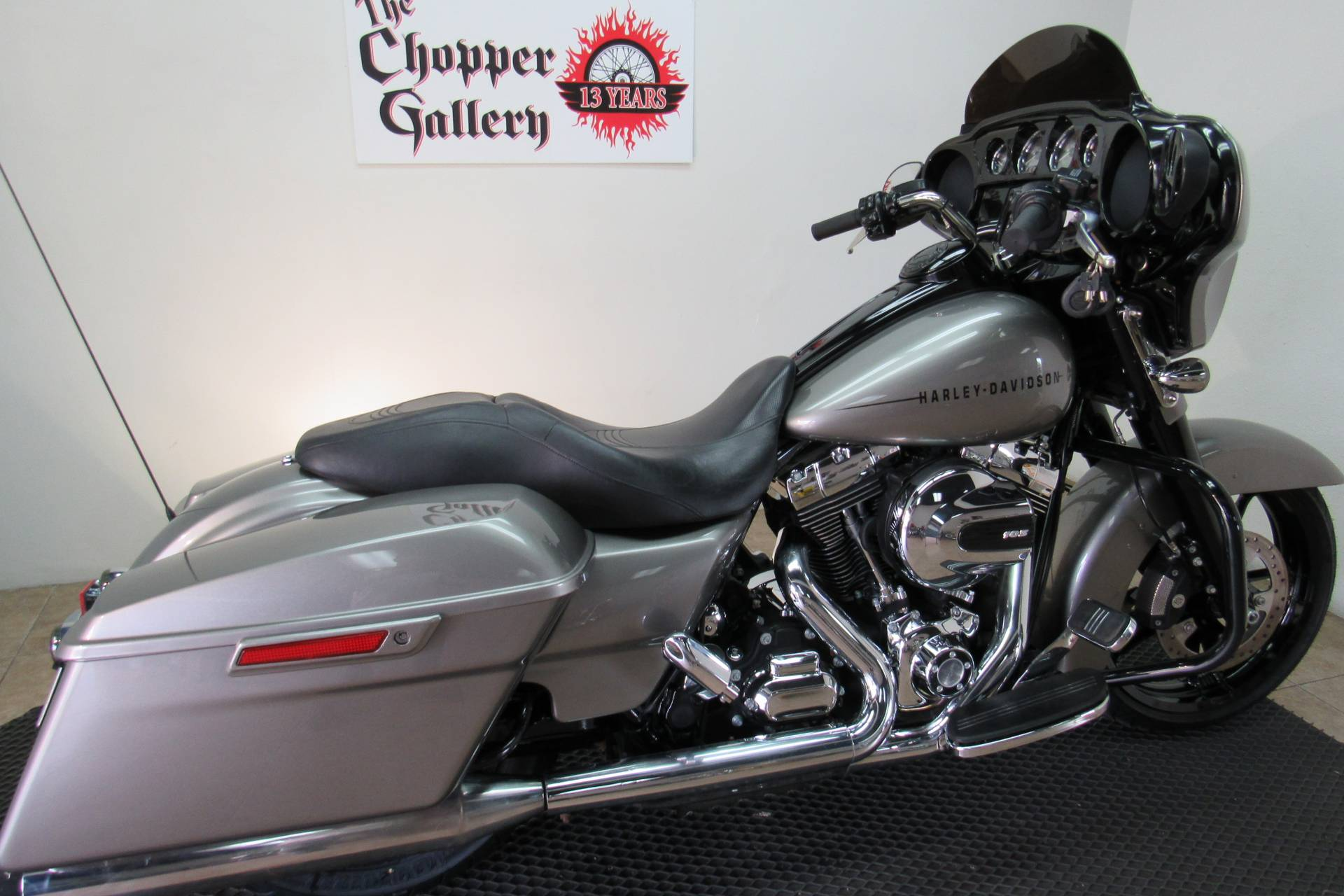 2014 Harley-Davidson Street Glide® Special in Temecula, California - Photo 3