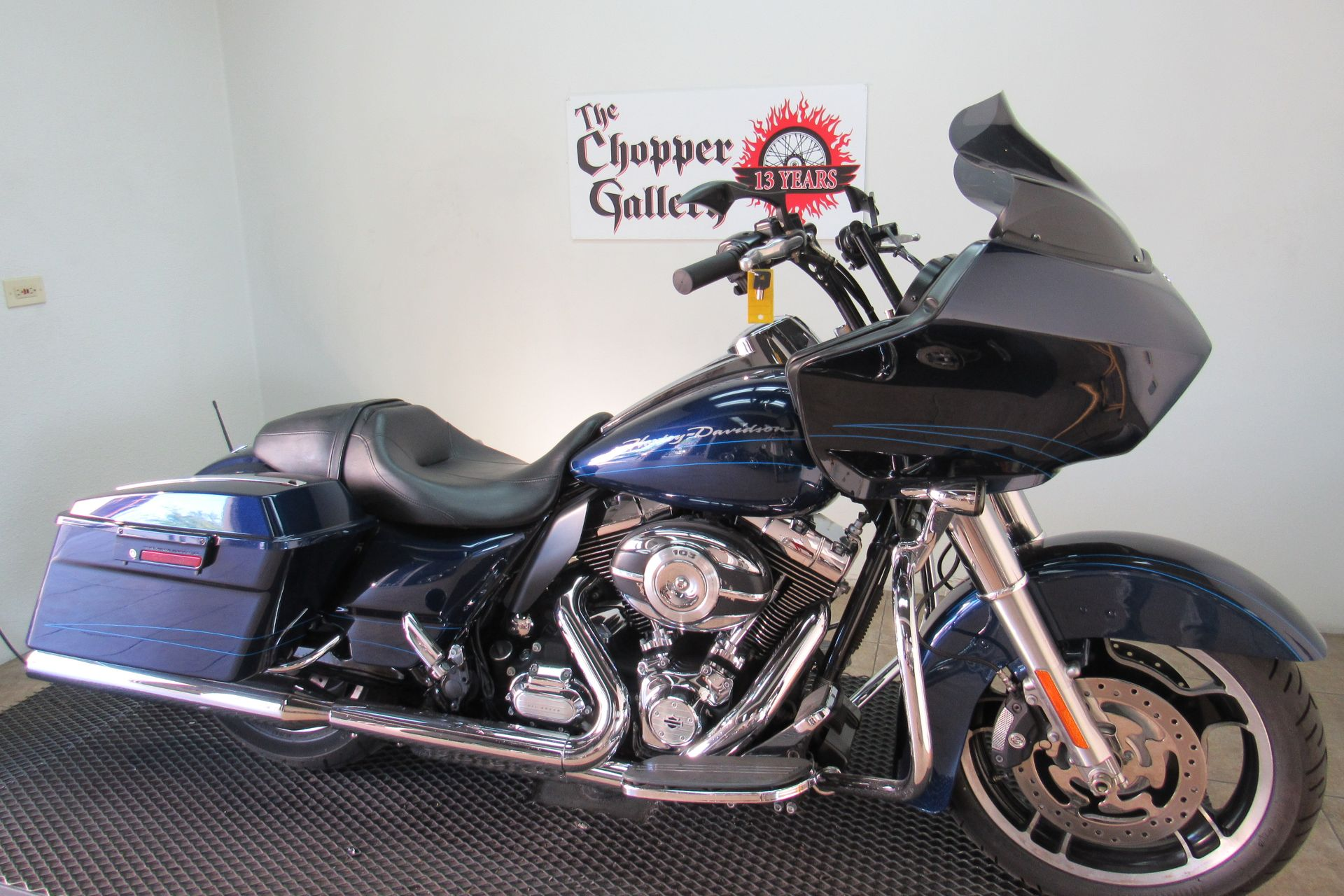 2012 Harley-Davidson Road Glide® Custom in Temecula, California - Photo 3