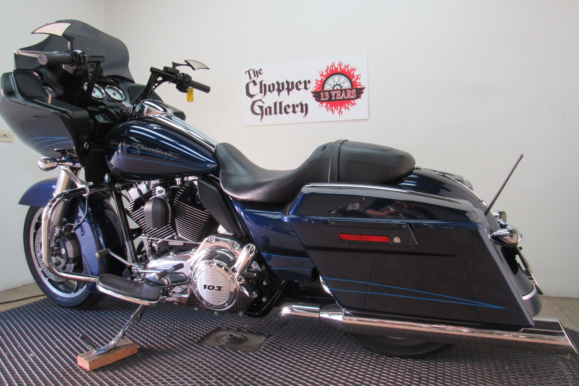 2012 Harley-Davidson Road Glide® Custom in Temecula, California - Photo 6