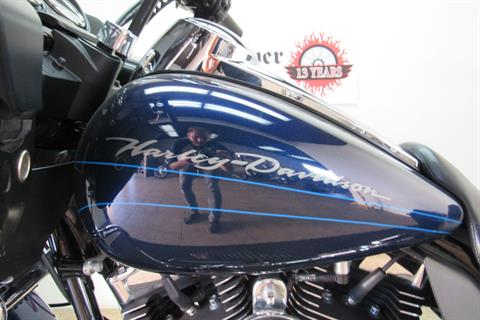 2012 Harley-Davidson Road Glide® Custom in Temecula, California - Photo 8