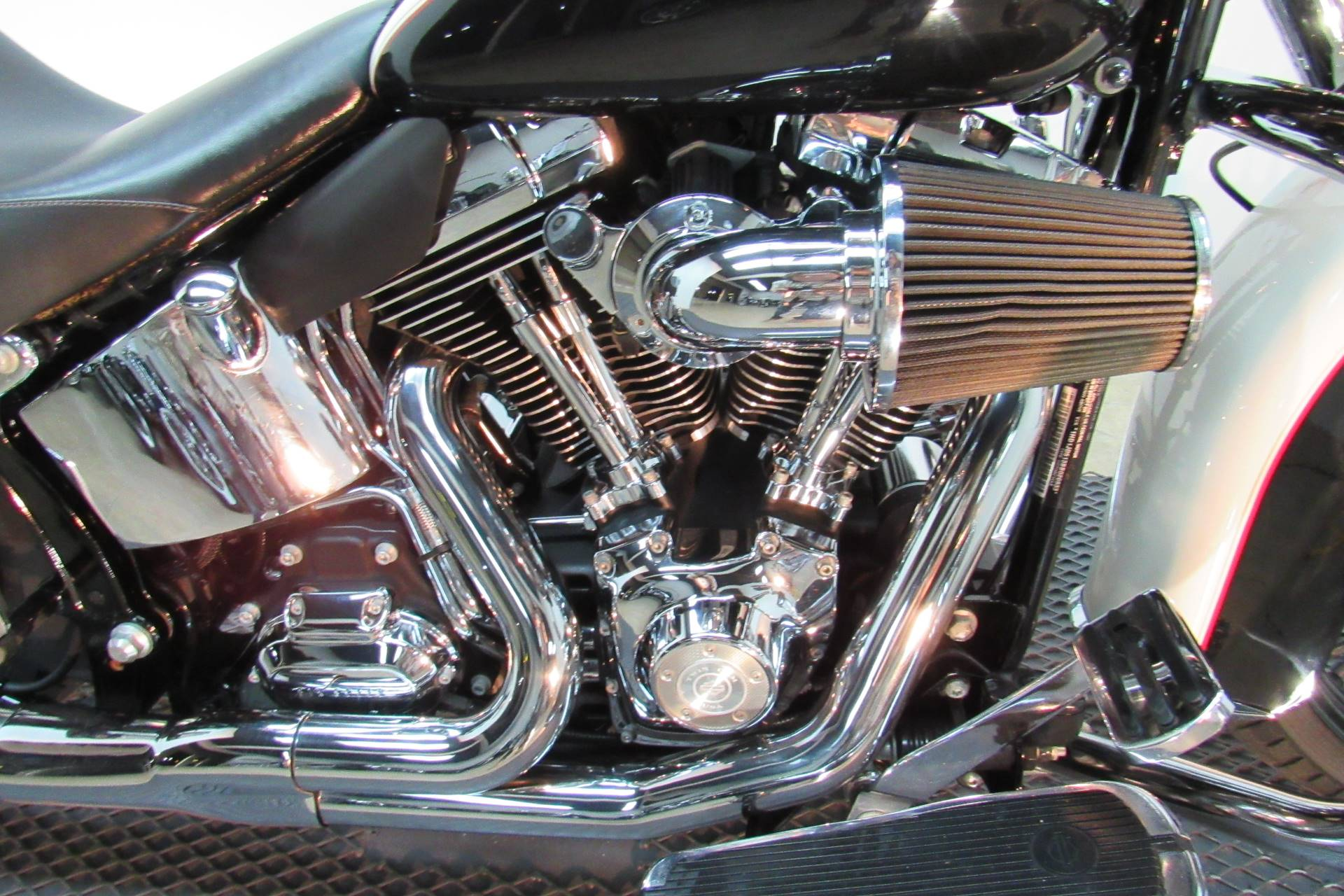 2011 Harley-Davidson Softail® Deluxe in Temecula, California - Photo 6