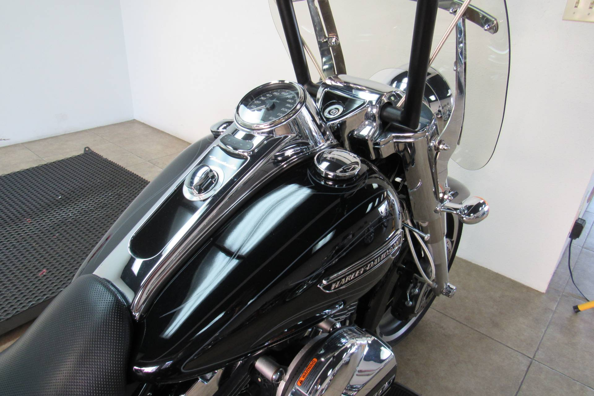 2015 Harley-Davidson Freewheeler™ in Temecula, California - Photo 14