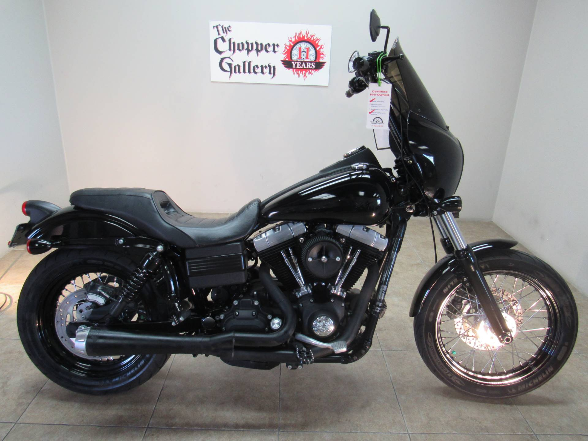 2011 Harley-Davidson Dyna® Street Bob® in Temecula, California - Photo 2