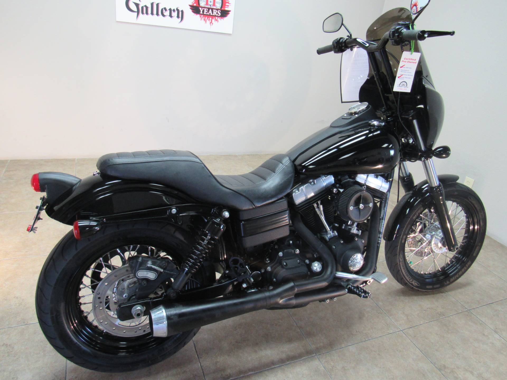 2011 Harley-Davidson Dyna® Street Bob® in Temecula, California - Photo 6