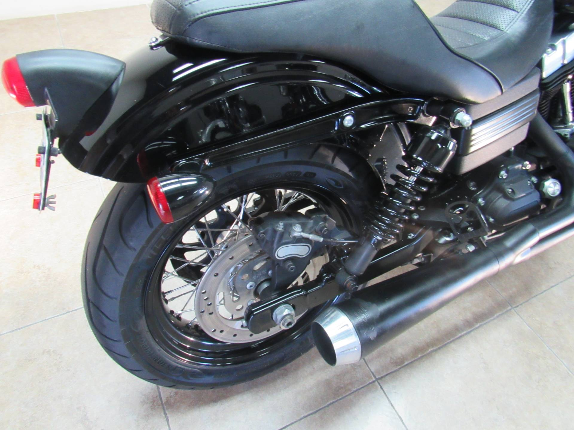 2011 Harley-Davidson Dyna® Street Bob® in Temecula, California - Photo 7