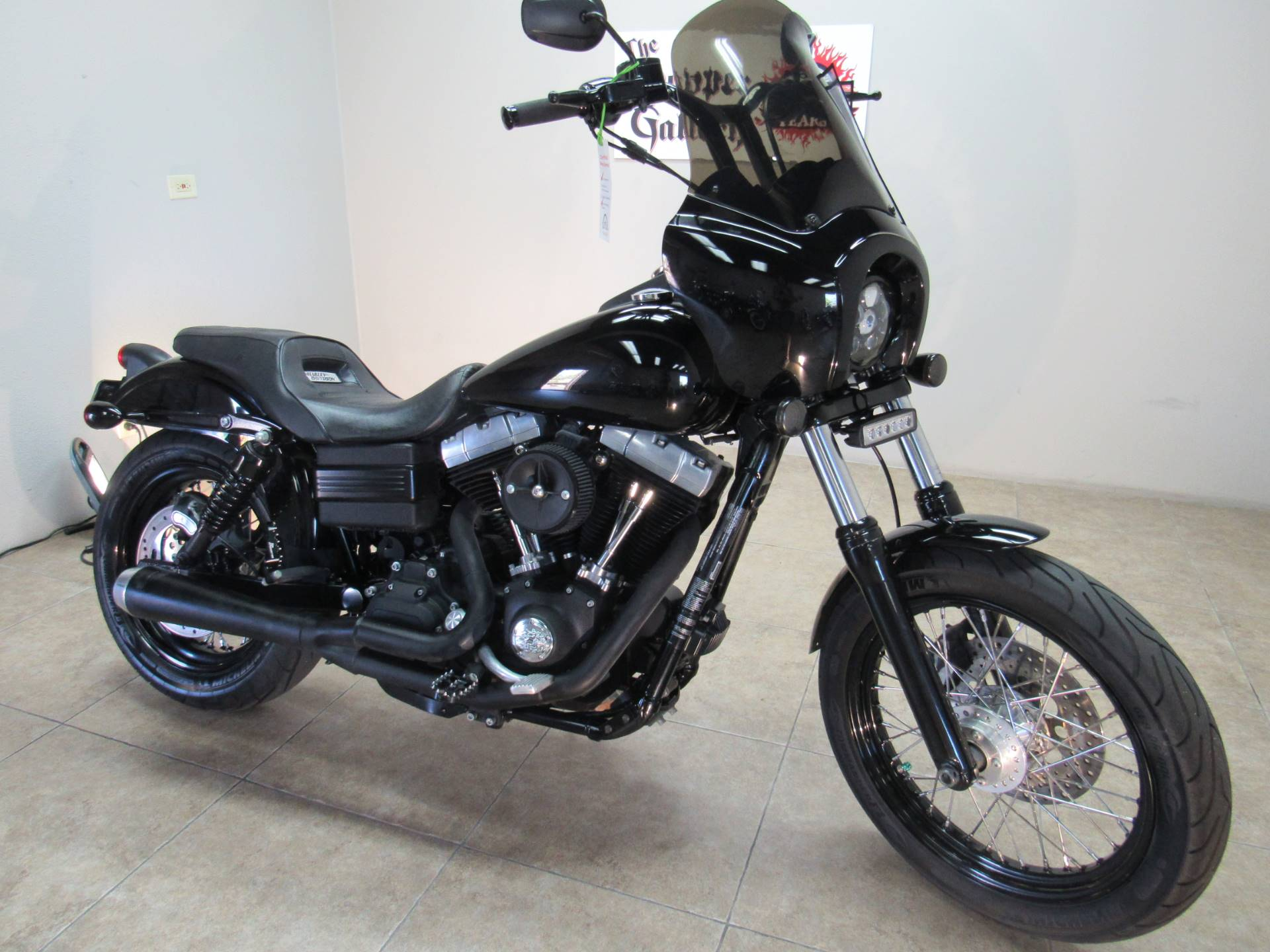 2011 Harley-Davidson Dyna® Street Bob® in Temecula, California - Photo 19