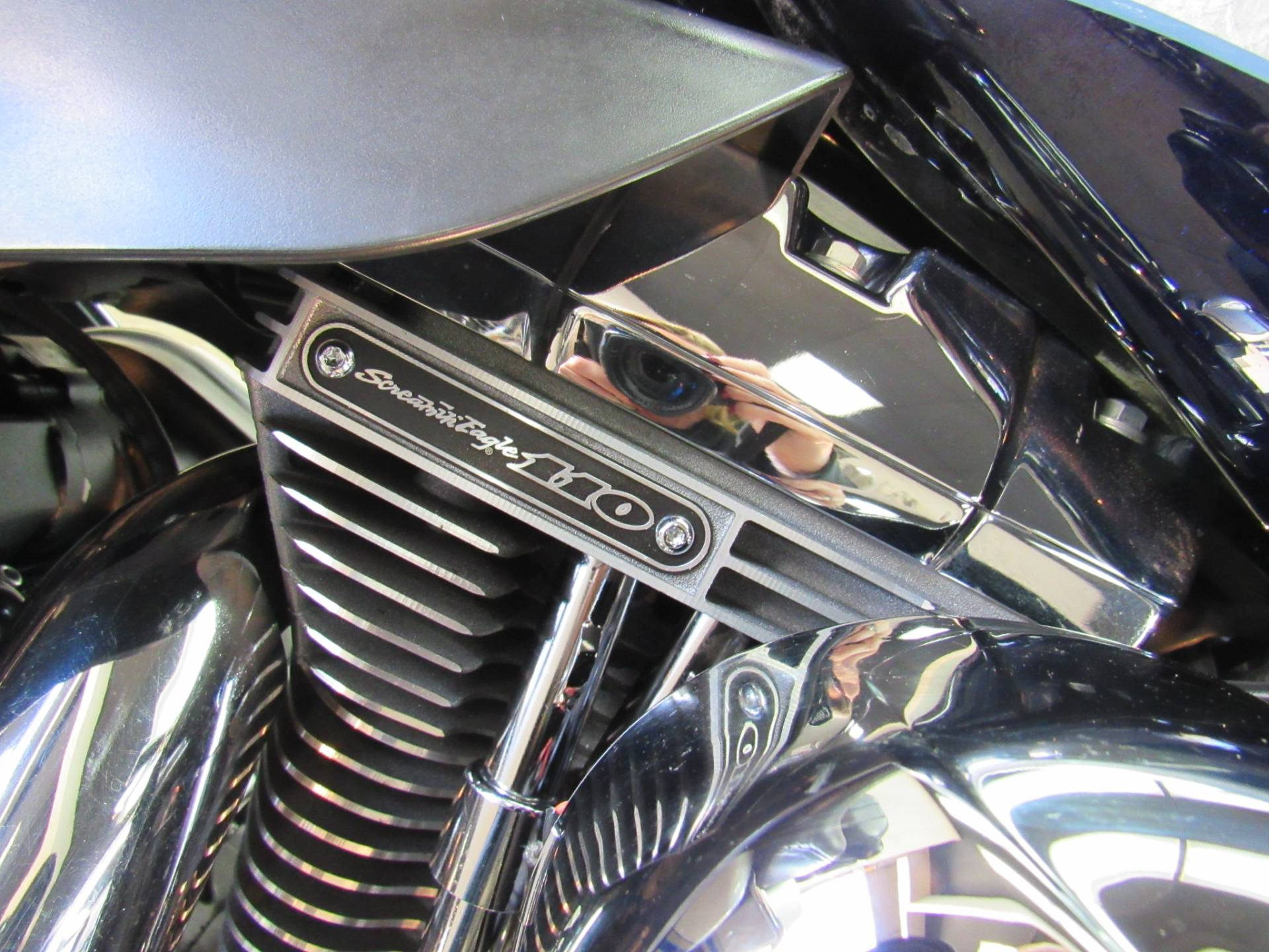 2009 Harley-Davidson CVO™ Ultra Classic® Electra Glide® in Temecula, California - Photo 9