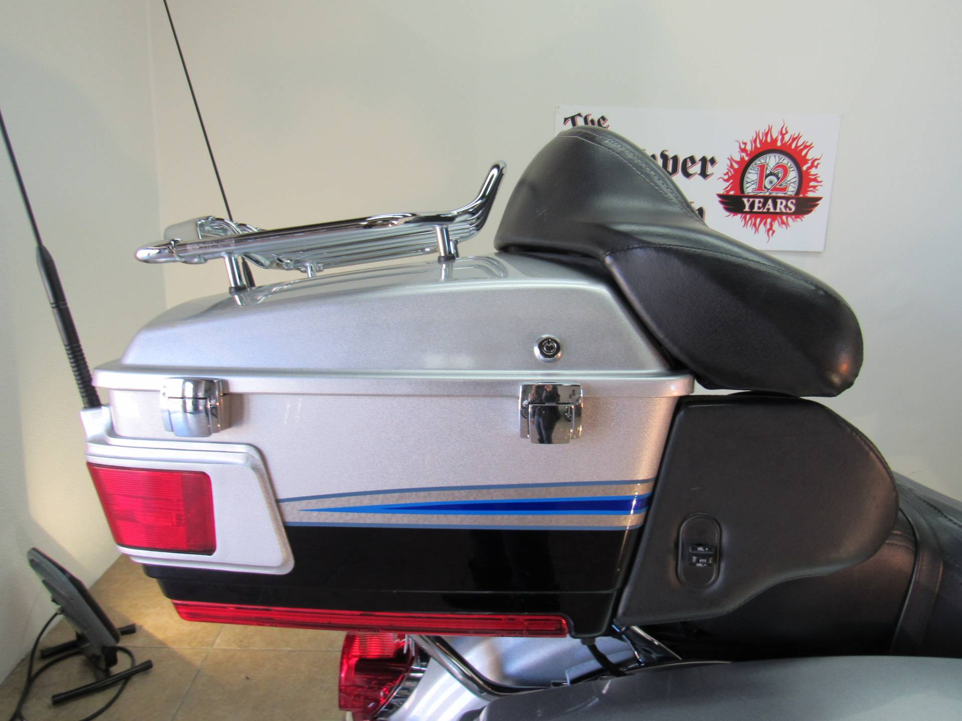 2009 Harley-Davidson CVO™ Ultra Classic® Electra Glide® in Temecula, California - Photo 16