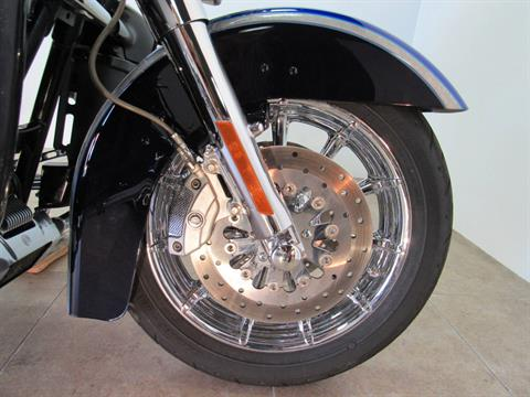 2009 Harley-Davidson CVO™ Ultra Classic® Electra Glide® in Temecula, California - Photo 22