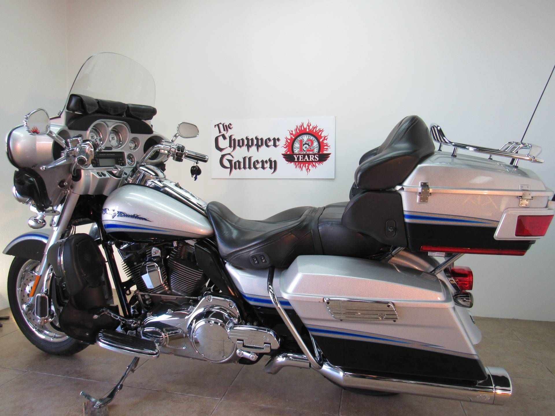 2009 Harley-Davidson CVO™ Ultra Classic® Electra Glide® in Temecula, California - Photo 18