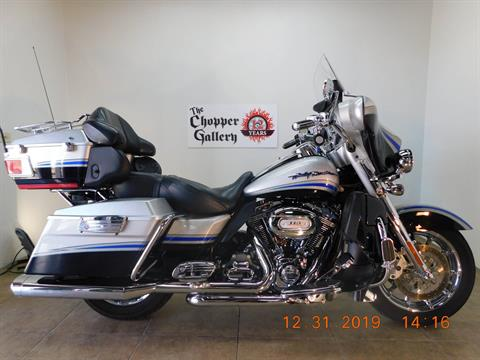 2009 Harley-Davidson CVO™ Ultra Classic® Electra Glide® in Temecula, California - Photo 1