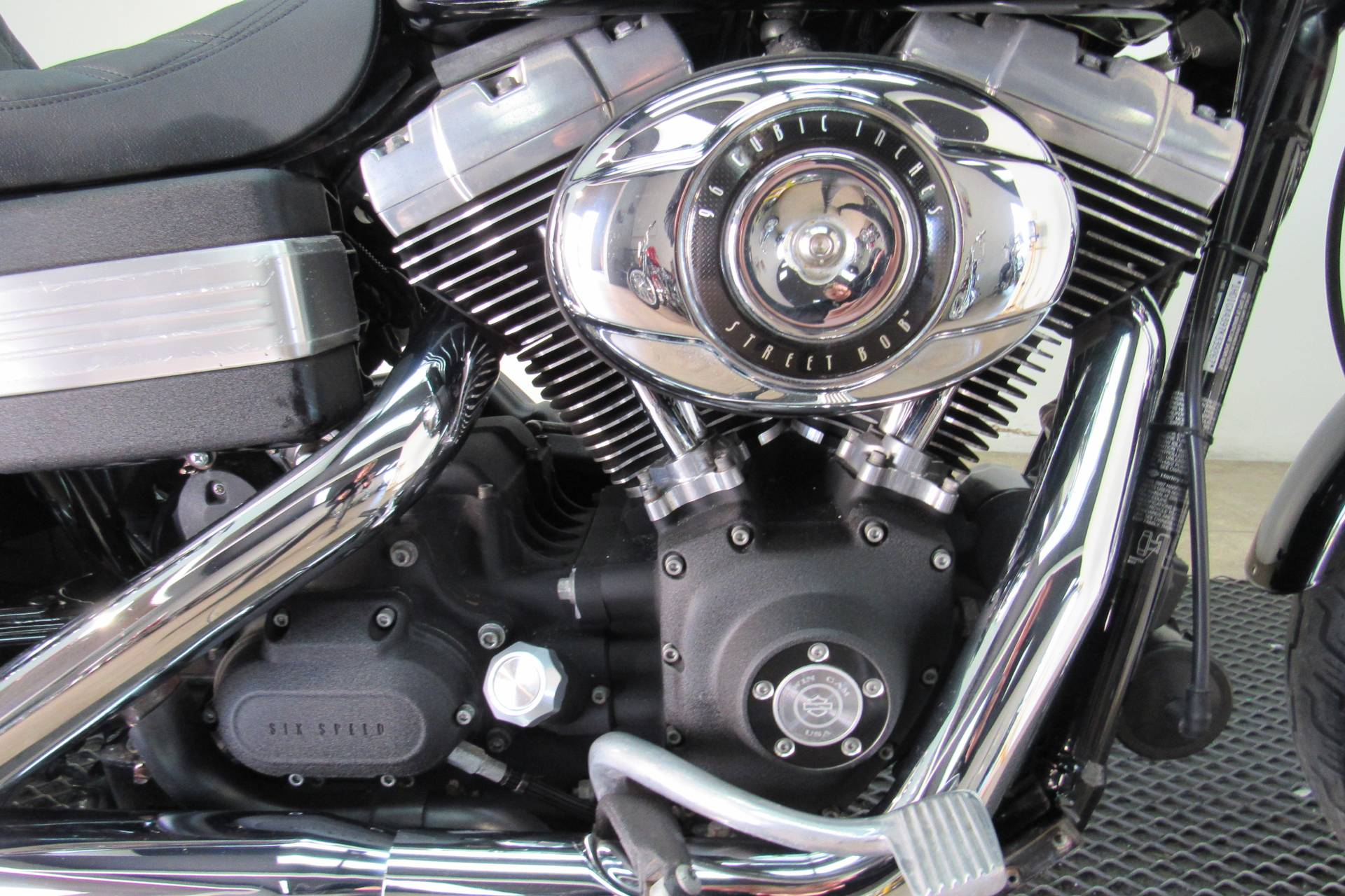 2007 Harley-Davidson Dyna® Street Bob® in Temecula, California - Photo 11