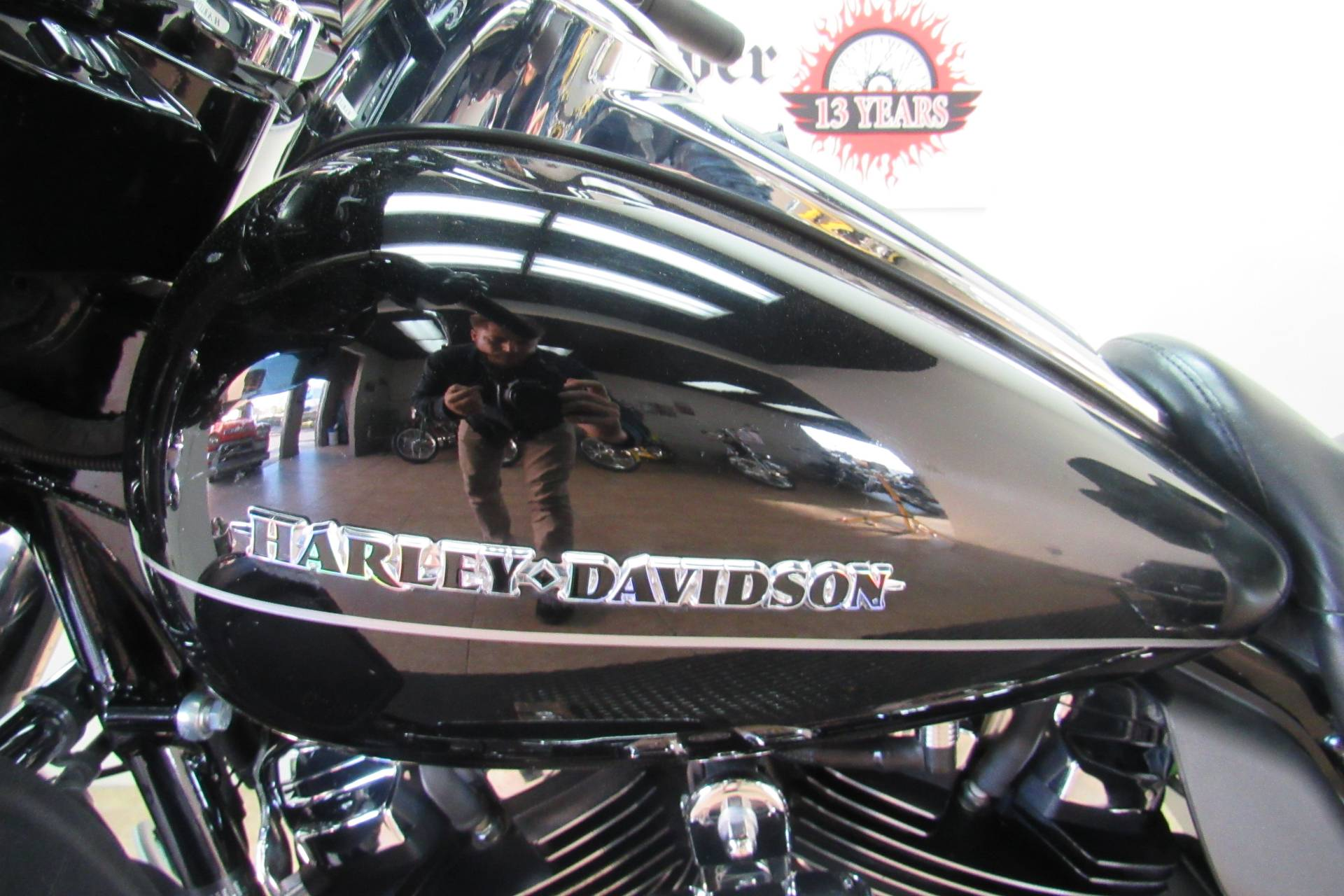 2017 Harley-Davidson Ultra Limited in Temecula, California - Photo 8