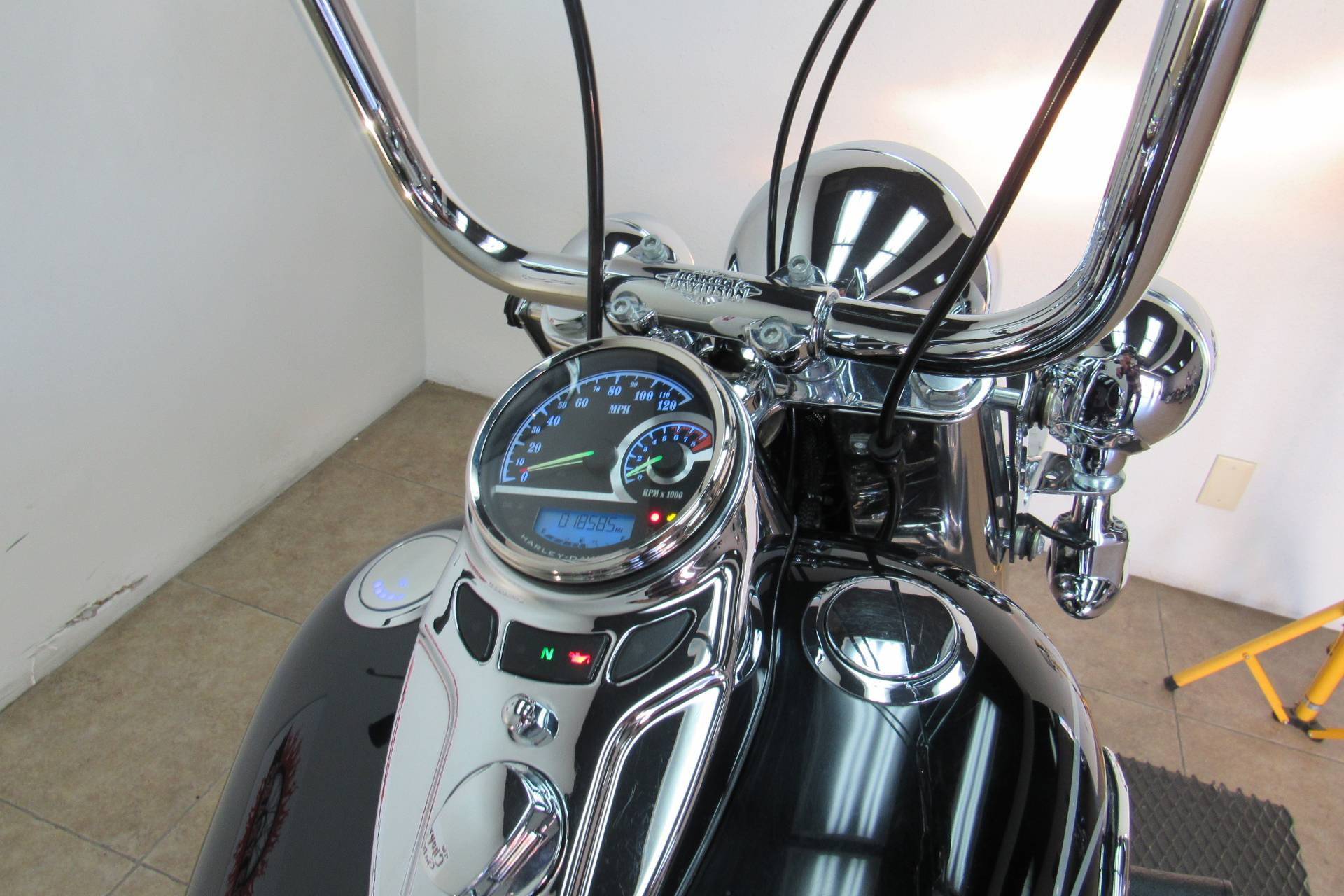 2011 Harley-Davidson Heritage Softail® Classic in Temecula, California - Photo 23