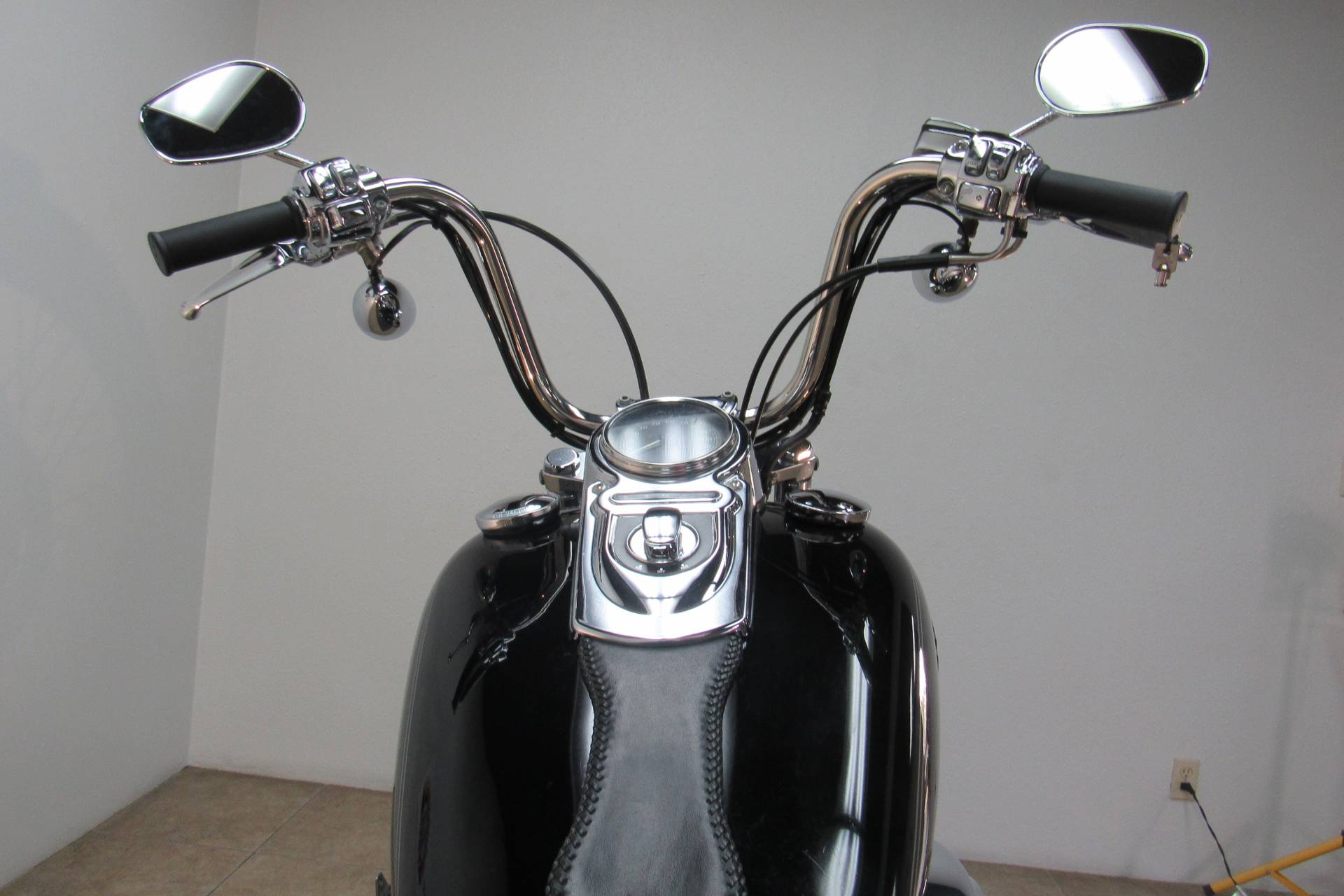 2005 Harley-Davidson FXDWG/FXDWGI Dyna Wide Glide® in Temecula, California - Photo 6