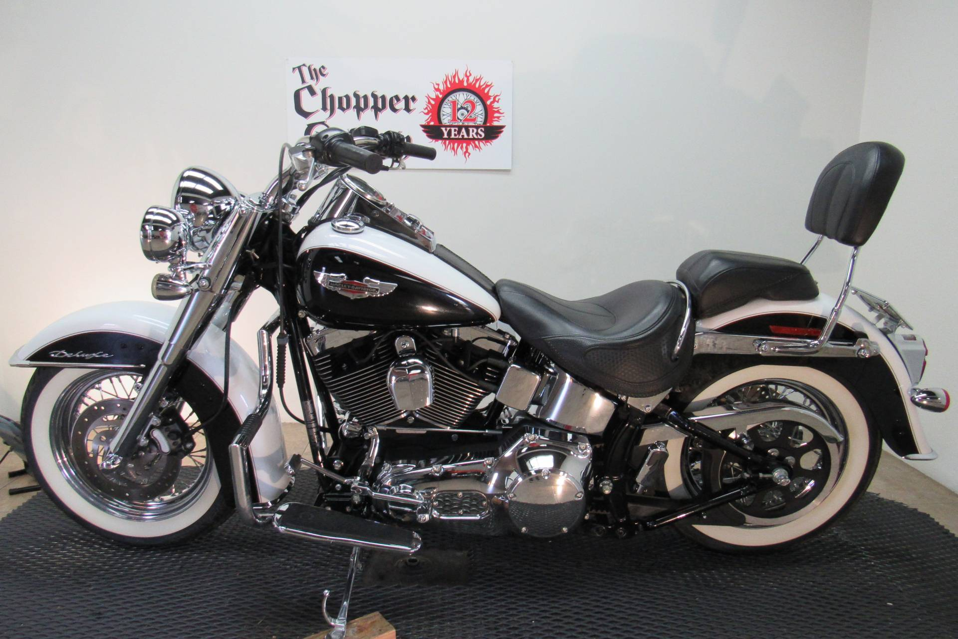 2006 Harley-Davidson Softail® Deluxe in Temecula, California - Photo 2