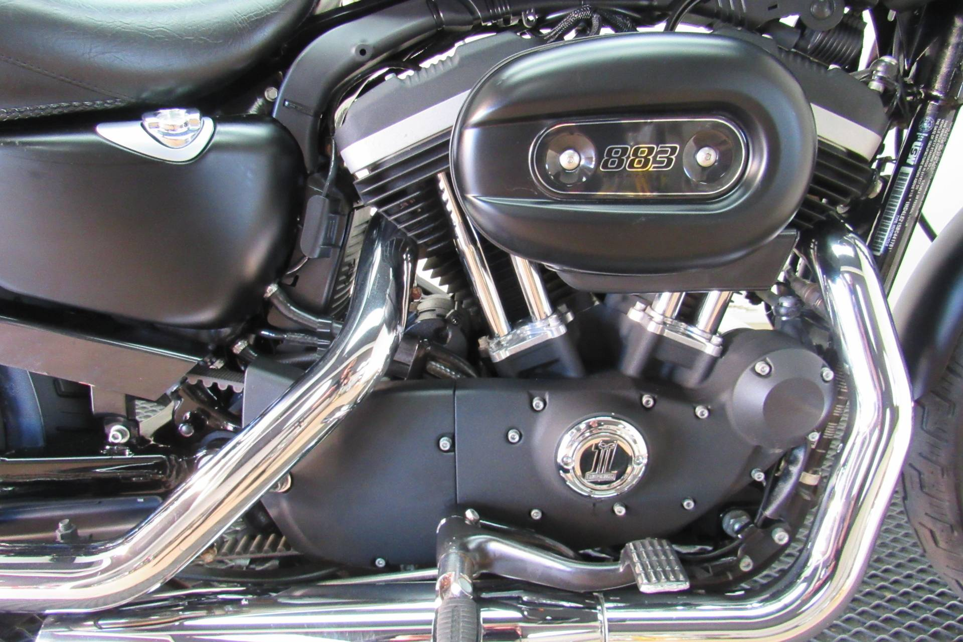 2011 Harley-Davidson Sportster® Iron 883™ in Temecula, California - Photo 11