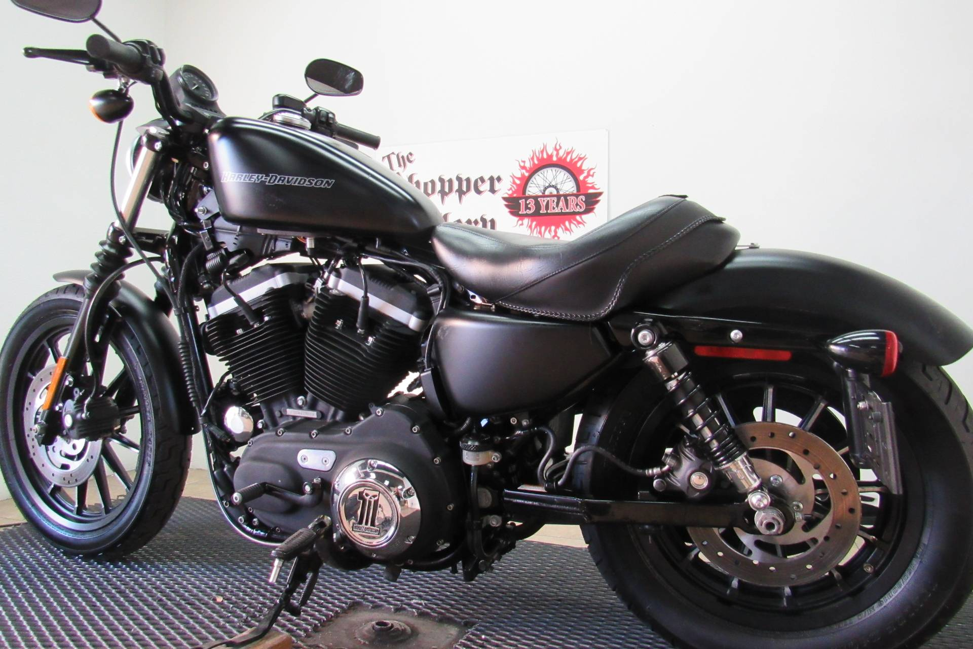 2011 Harley-Davidson Sportster® Iron 883™ in Temecula, California - Photo 6
