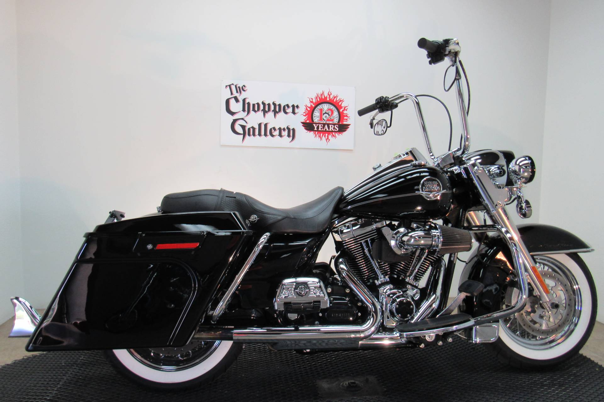 2009 Harley-Davidson Road King® Classic in Temecula, California - Photo 10