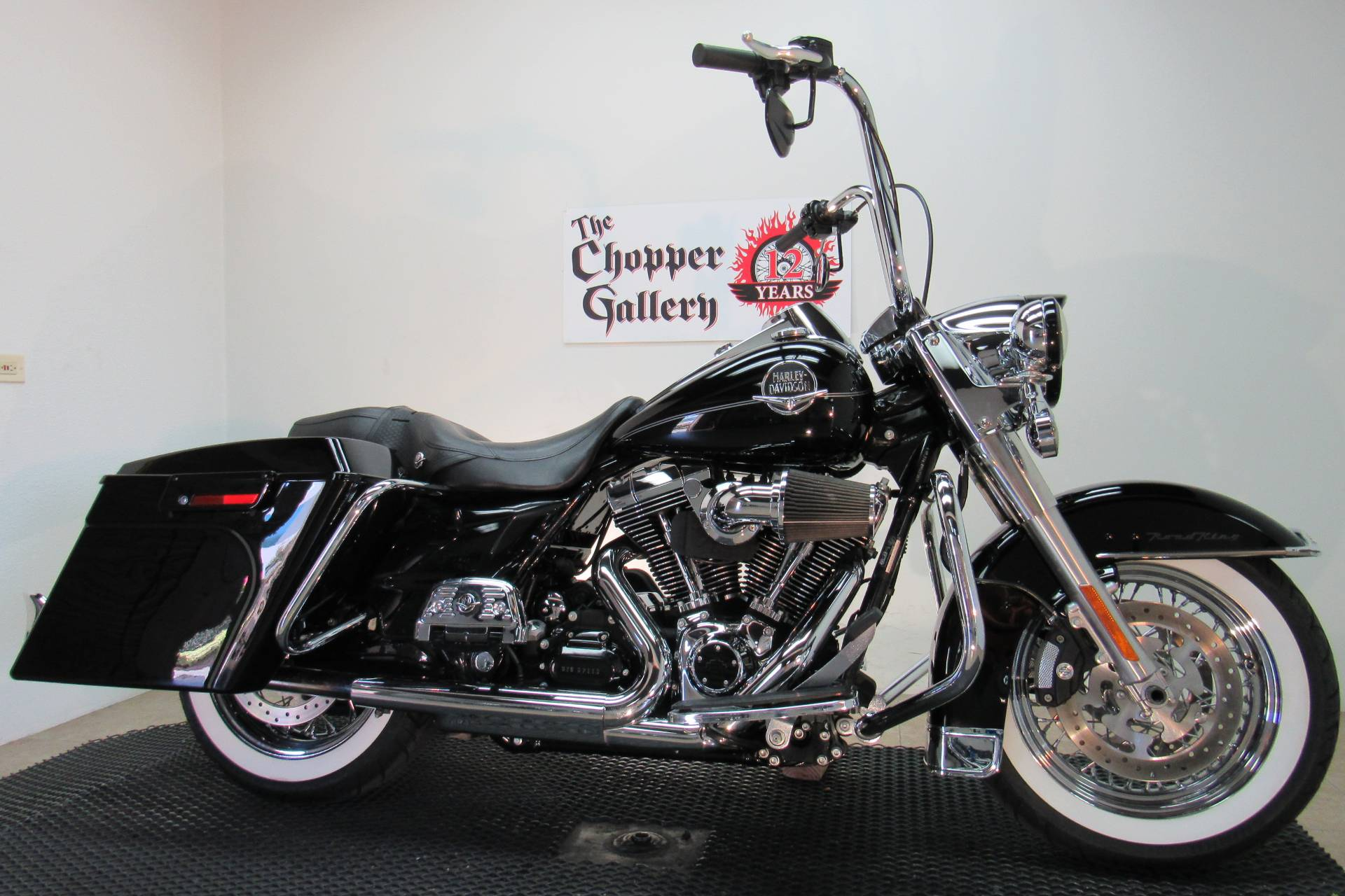 2009 Harley-Davidson Road King® Classic in Temecula, California - Photo 3