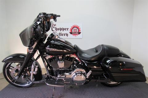2015 Harley-Davidson Street Glide® Special in Temecula, California - Photo 2