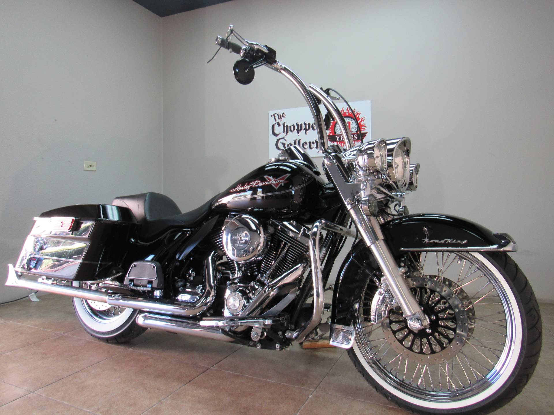 2009 Harley-Davidson Road King® in Temecula, California - Photo 2