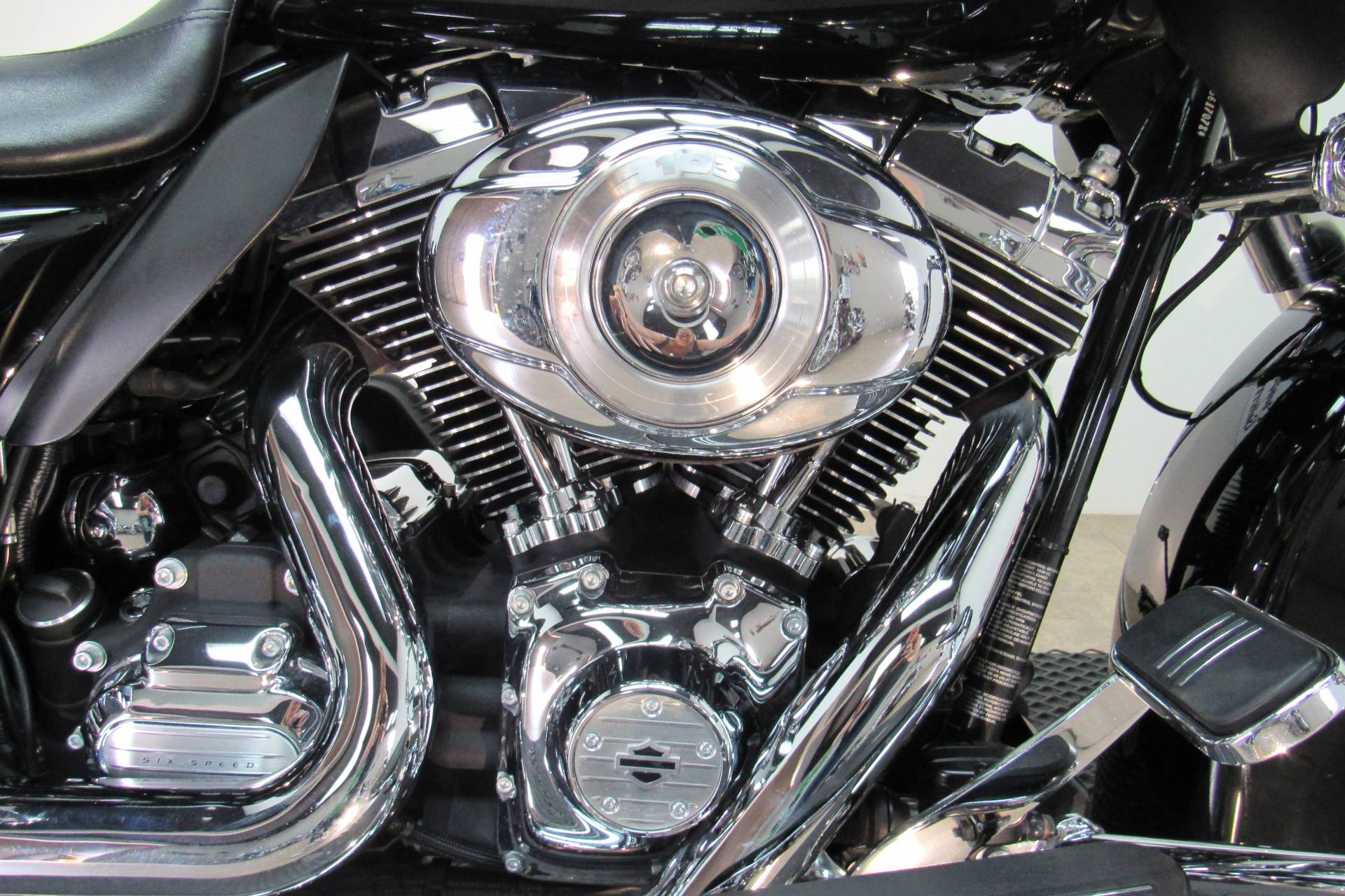 2013 Harley-Davidson Road Glide® Custom in Temecula, California - Photo 8