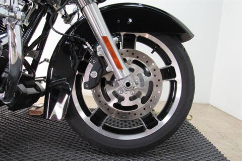 2013 Harley-Davidson Road Glide® Custom in Temecula, California - Photo 18