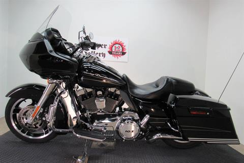 2013 Harley-Davidson Road Glide® Custom in Temecula, California - Photo 2