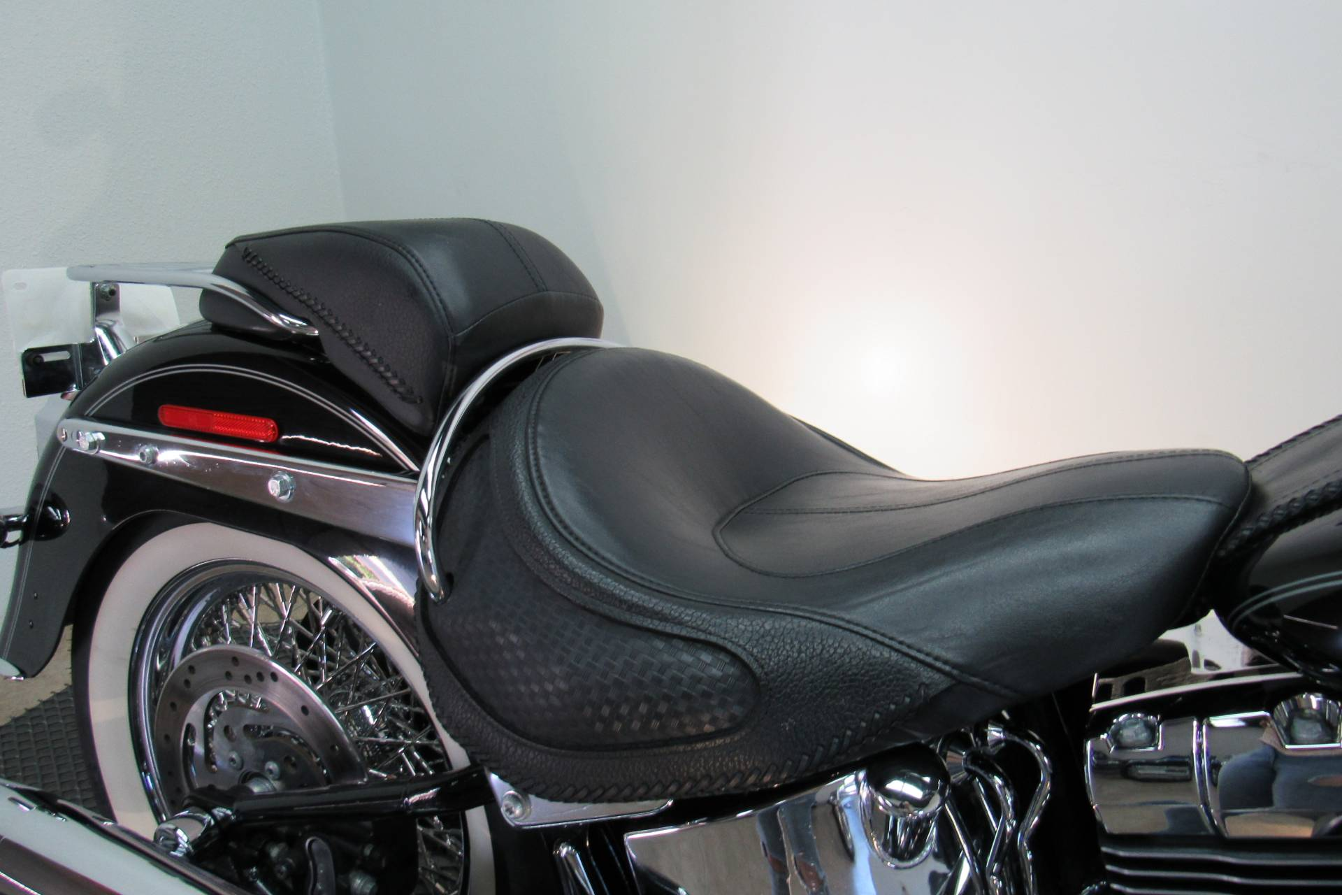 2009 Harley-Davidson Softail Deluxe in Temecula, California - Photo 8