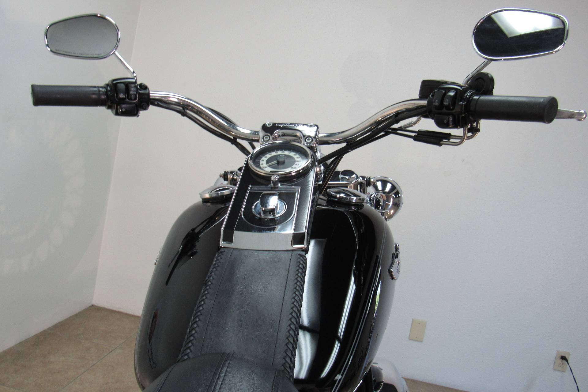 2009 Harley-Davidson Softail Deluxe in Temecula, California - Photo 9