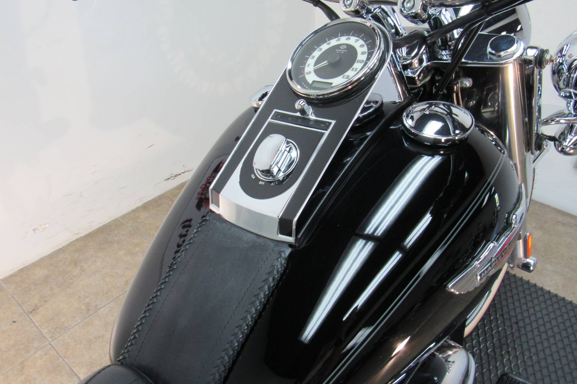2009 Harley-Davidson Softail Deluxe in Temecula, California - Photo 18