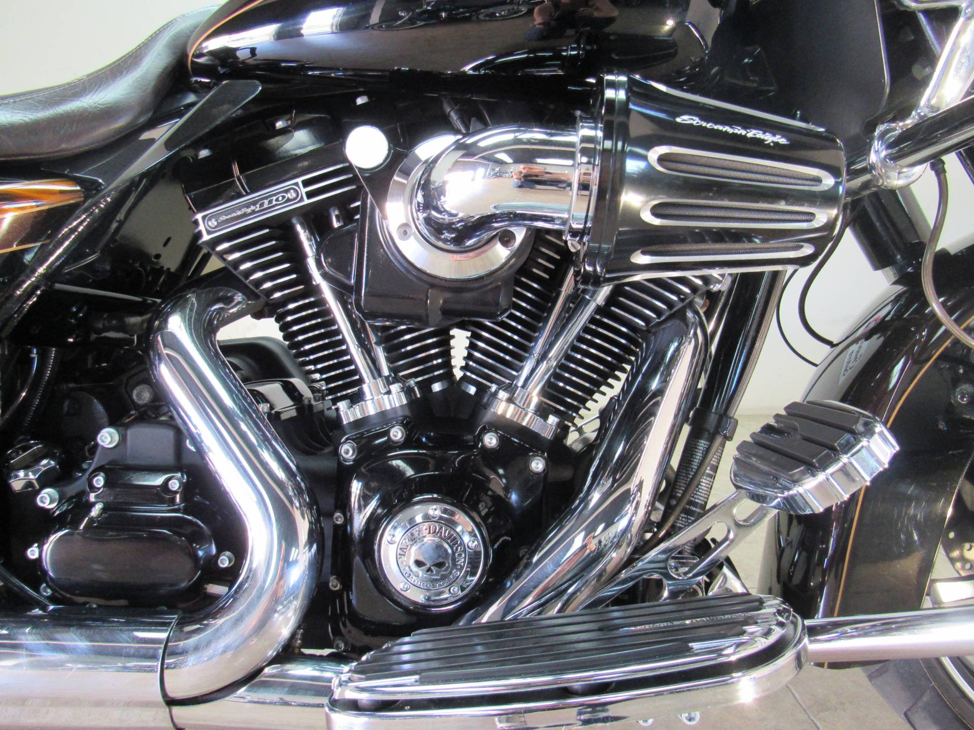 2012 Harley-Davidson CVO™ Road Glide® Custom in Temecula, California - Photo 14