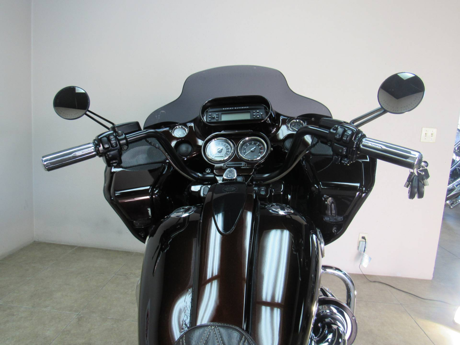 2012 Harley-Davidson CVO™ Road Glide® Custom in Temecula, California - Photo 5