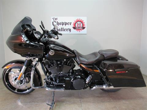 2012 Harley-Davidson CVO™ Road Glide® Custom in Temecula, California - Photo 2